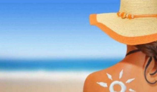 Vaccino e Covid: attenzione al sole. Come esporsi in sicurezza