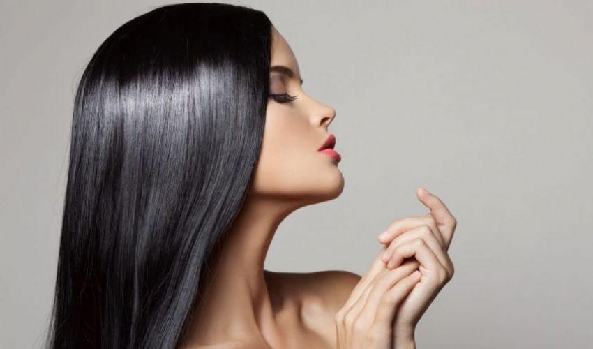 Trattamento alla cheratina capelli: come funziona rischi danni fa male