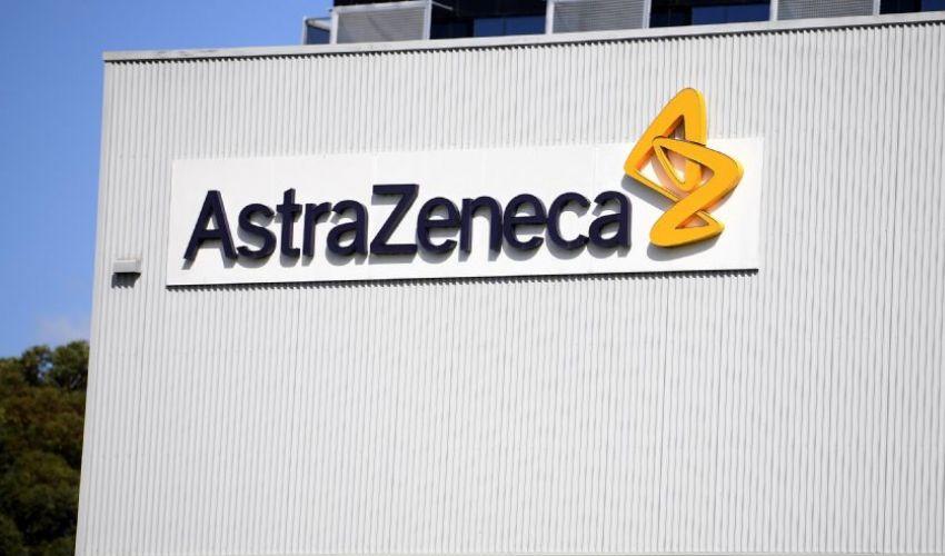AstraZeneca: oggi l'autopsia sul militare morto. Disdette al vaccino