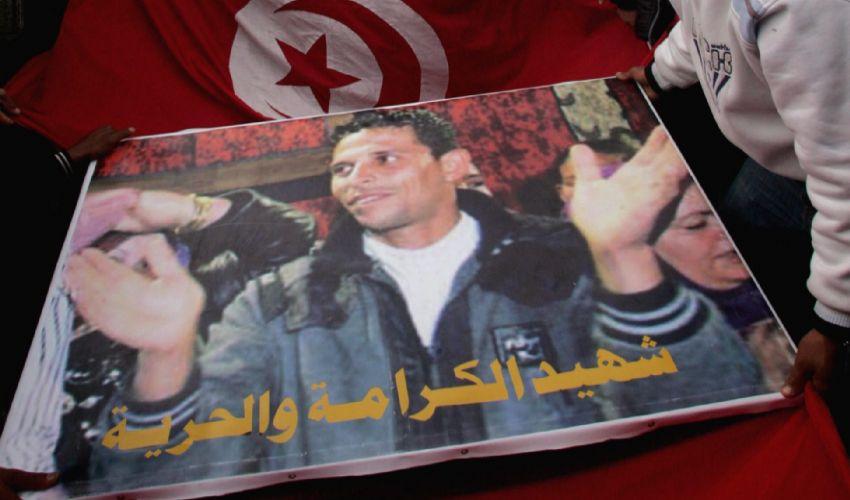 Mohamed Bouazizi, il fruttivendolo tunisino delle primavere arabe