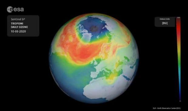 Ue, spazio-terra: eccezionale buco dell'ozono si è chiuso al Polo Nord