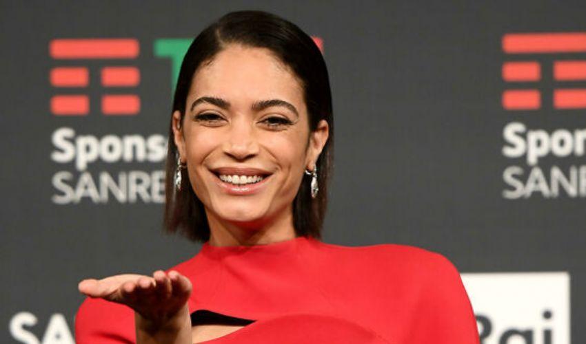 Elodie co-conduttrice Sanremo 2021: età, fidanzato, carriera biografia