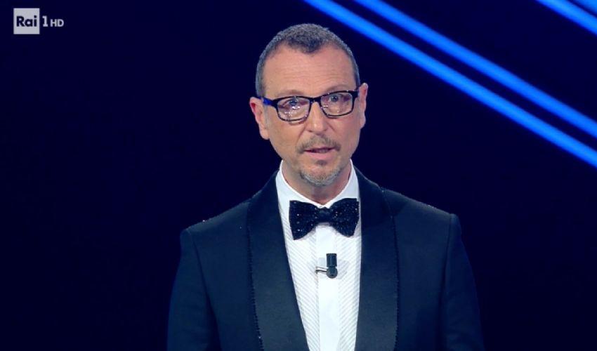 Sanremo, dall'Ariston Amadeus invoca la liberazione di Patrick Zaki