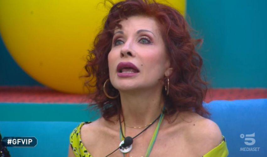 GF Vip, squalificata Alda D'Eusanio per le frasi su Laura Pausini