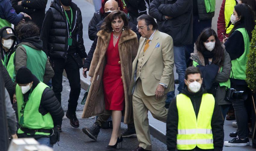 """Lady Gaga a Roma, il quartiere Talenti è il set di """"House of Gucci"""""""