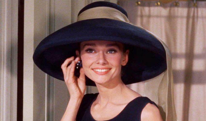La nipote di Audrey Hepburn si perde in Versilia: ritrovata a Camaiore