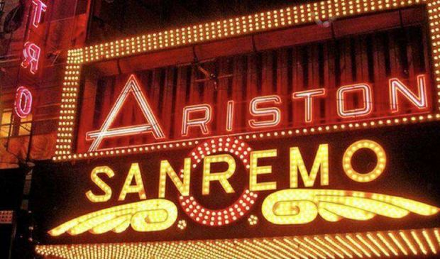 "Sanremo 2021, no a esclusione Fedez. Fimi: ""Festival al Forum Assago"""
