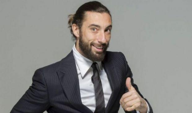 Vittorio Brumotti: età altezza fidanzata, Paperissima Sprint e Veline