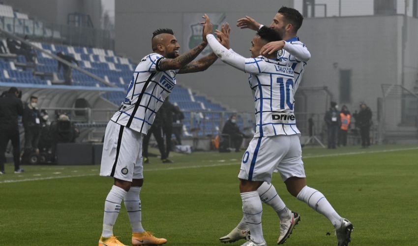 Champions League, Borussia Monchengladbach-Inter 2-3, primi tre punti.