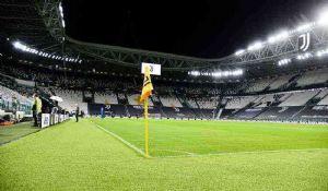 Il Covid nel calcio: quanti danni ha portato allo sport più seguito?