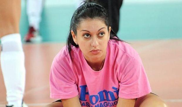 Lara Lugli, pallavolista licenziata e citata per danni perché incinta