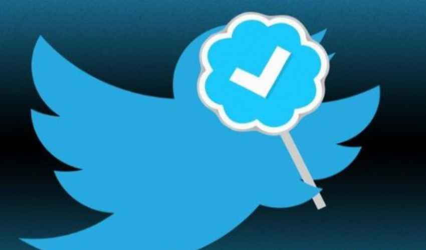 Twitter spunta blu: cos'è, modulo richiesta Utente verificato