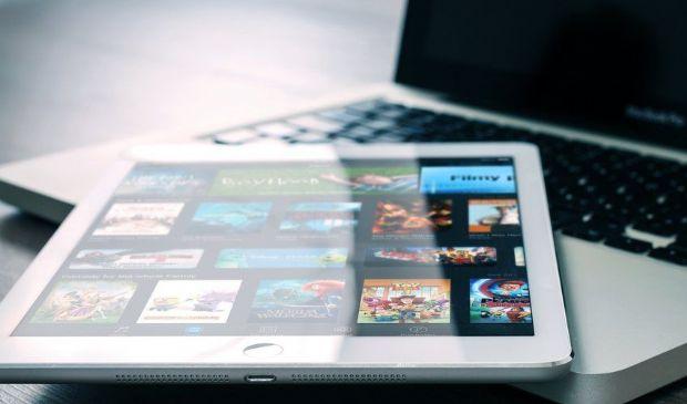 Bonus pc, internet e tablet 2021: modulo domanda e tipi di offerte
