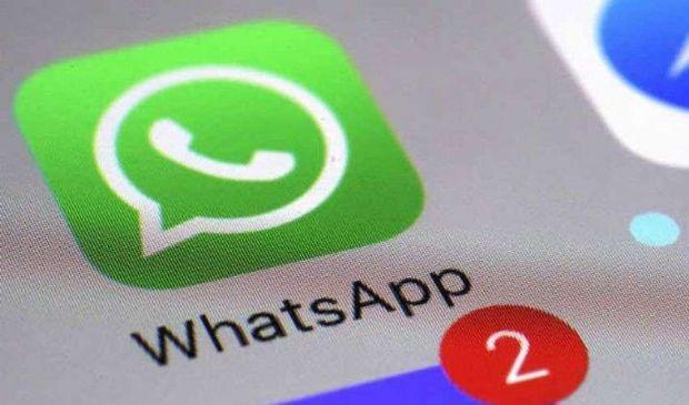 WhatsApp: funzioni, Business, dark mode, videochiamate, ultime novità
