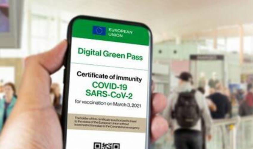 Pass verde italiano e Green Pass europeo: come funzionano, da quando