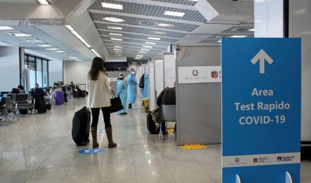 Coronavirus, la Farnesina raccomanda di evitare i viaggi all'estero