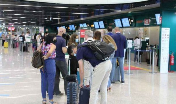 Viaggi all'estero: tampone e quarantena di 5 giorni ordinanza Speranza