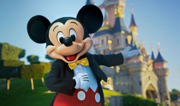 Disneyland Paris, il parco divertimenti riaprirà il 17 giugno