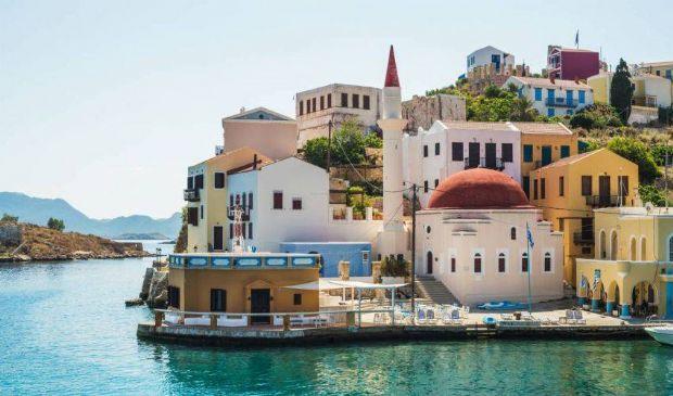 Grecia, l'isola di Kastellorizo è Covid-free: vaccinati gli abitanti