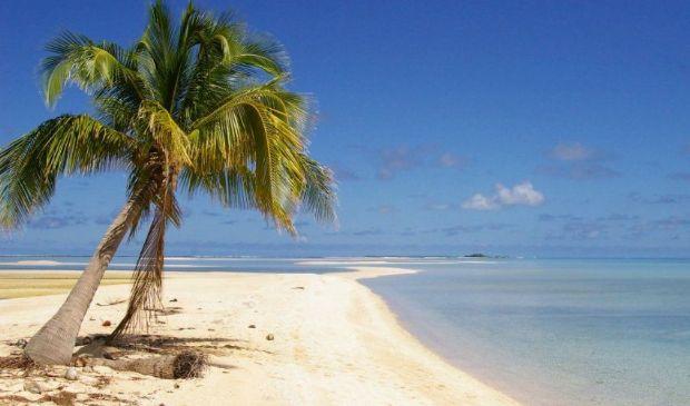 """Lost """"esiste"""" davvero: in 3 bloccati su un'isola deserta per 33 giorni"""