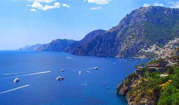 Tour costiera Amalfitana 2020: tappe, cosa vedere da Positano a Vietri