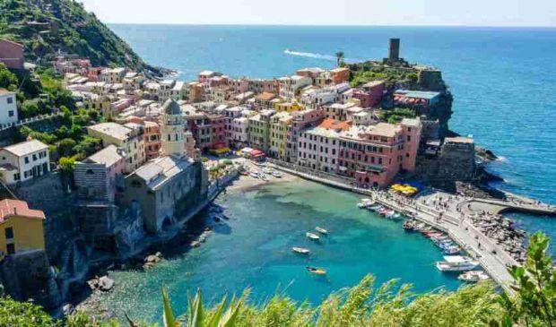 Tour delle Cinque Terre ottobre 2020: spiagge borghi, tutte le tappe