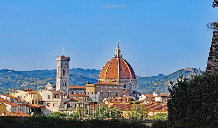 Viaggi in Italia 2021: Le Vie di Dante, miglior cammino del mondo