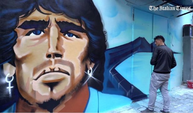 Morte Maradona, il nuovo murales a Napoli nel quartiere Sanità