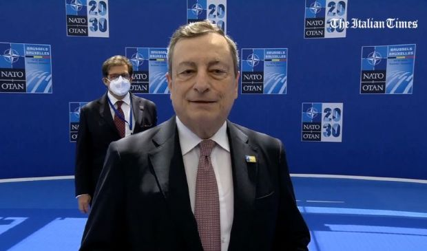 """Nato, Draghi """"Prima visita Biden in Europa, ricordate dove andò Trump"""""""